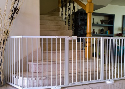 Versagate protects difficult staircase - Jumeirah