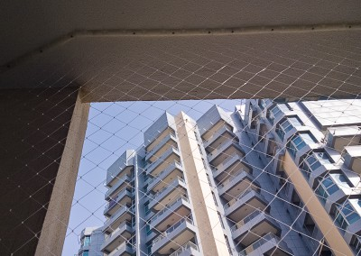 balcony-Dubai-Marina-safety-netting-03