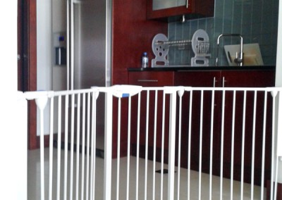 Safety barrier on open kitchen entrance - Emirates-Living.
