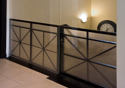 safety-shield-railings-gate-theVilla